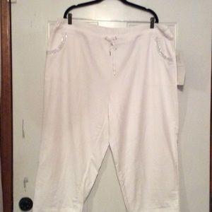 Pants - White Capri